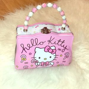 New Hello Kitty Lunch box purse in pink